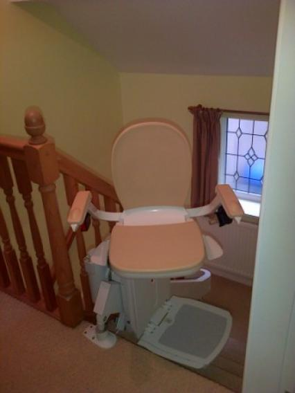 Curved Stairlift 180 Track Swivel Seat2
